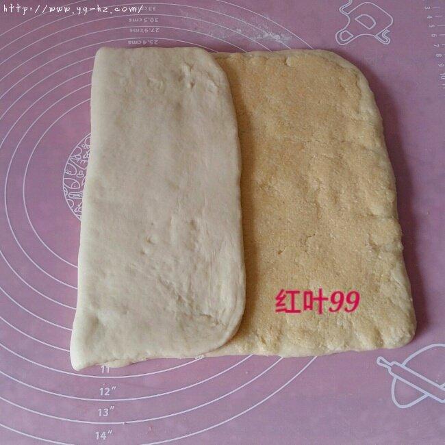 椰蓉奶棒面包的做法 步骤7