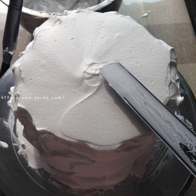 裱花蛋糕之抹面的做法 步骤4