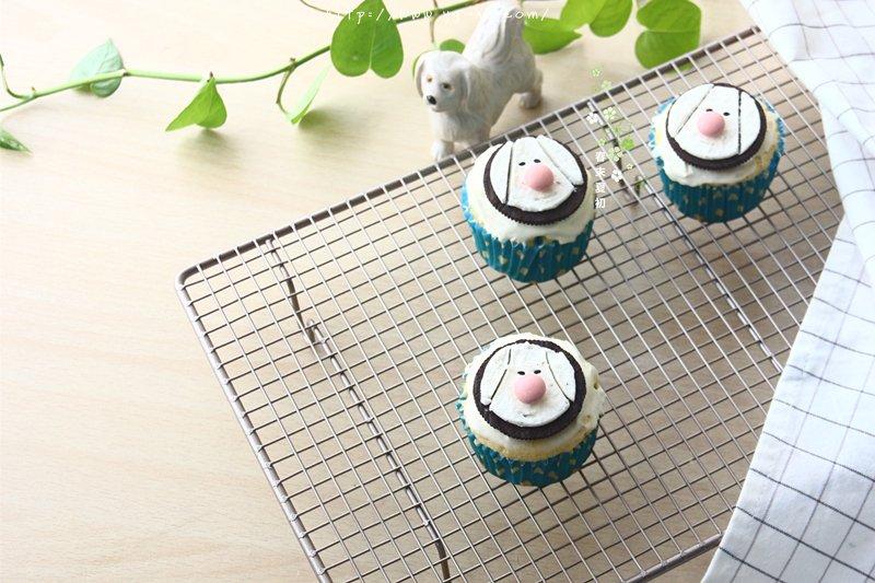 可爱卡通小狗杯子蛋糕的做法 步骤14