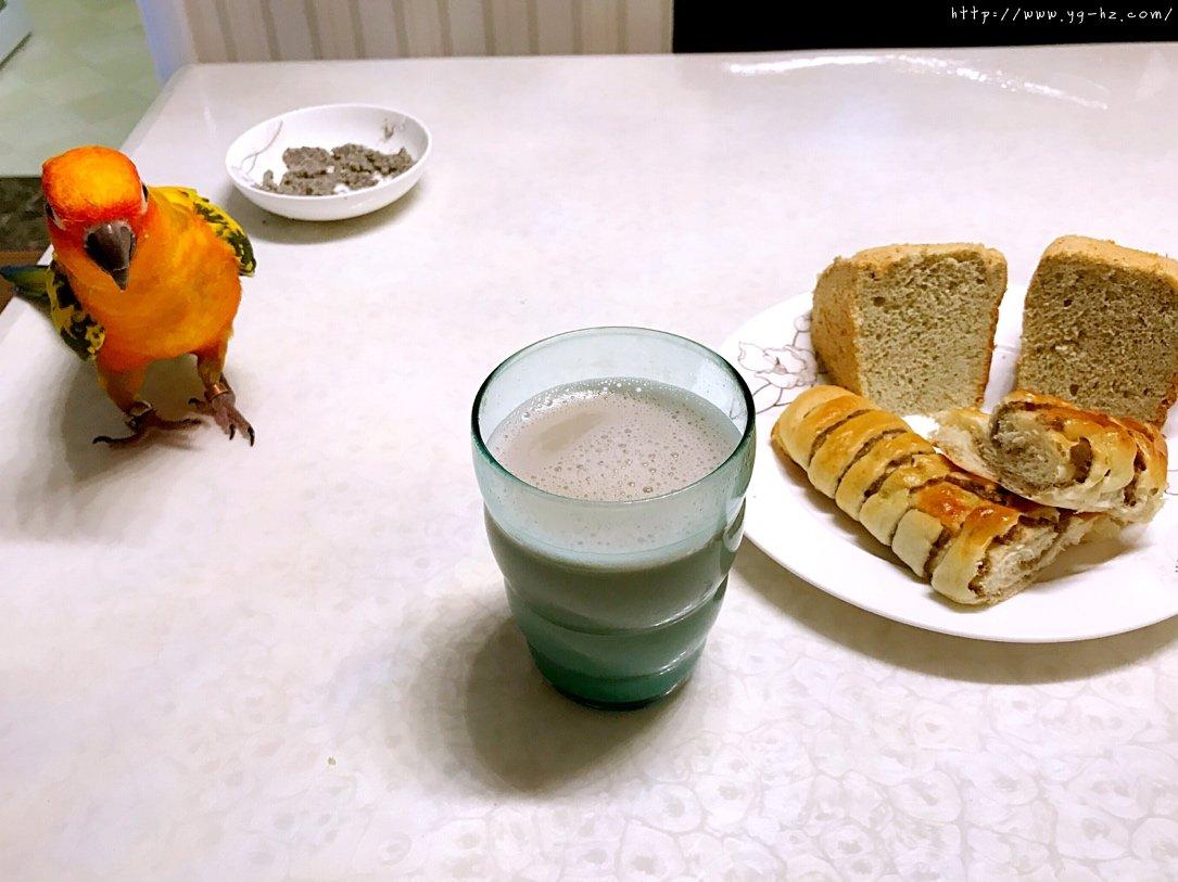 秒杀一切的最柔软细腻豆渣蛋糕的做法 步骤13