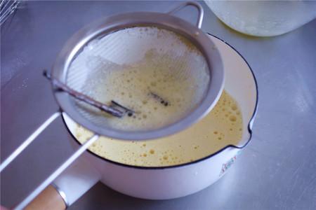 香草卡仕达酱的做法 步骤9