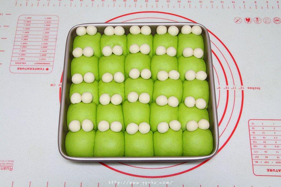 青蛙挤挤小面包的做法 步骤10