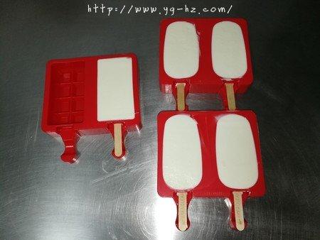 最简单快手的雪糕——酸奶雪糕(附变化版本)的做法 步骤8