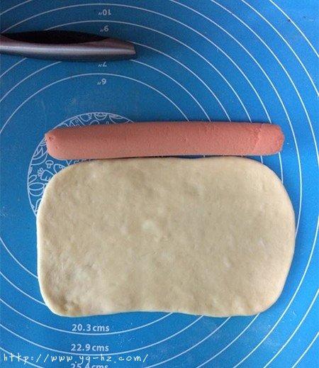 火腿香葱面包的做法 步骤5