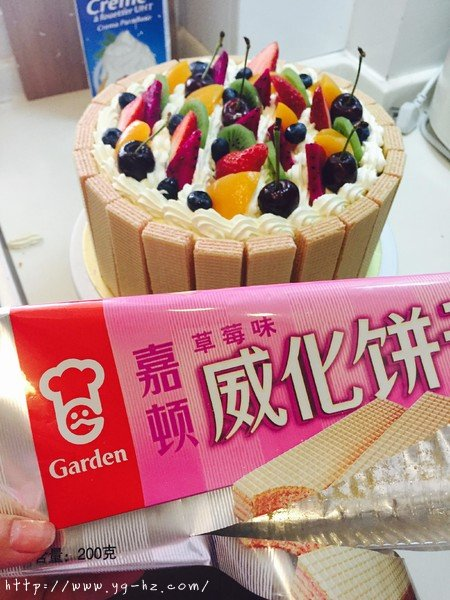 生日蛋糕教程【威化饼干围边】的做法 步骤18