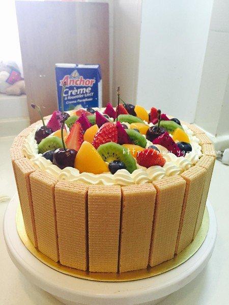 生日蛋糕教程【威化饼干围边】的做法 步骤19