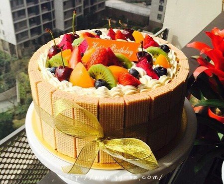 生日蛋糕教程【威化饼干围边】的做法 步骤21
