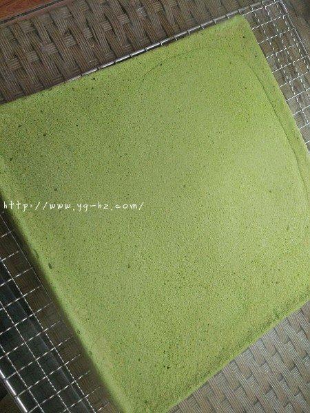 抹茶蜜豆蛋糕卷的做法 步骤10
