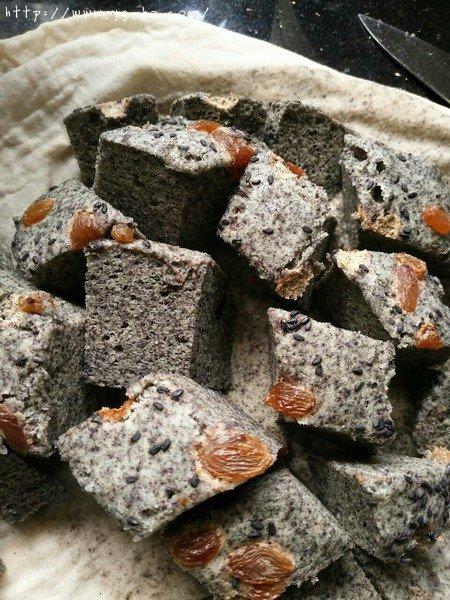 蒸糯米蛋糕(内附蒸黑米蛋糕做法)的做法 步骤8