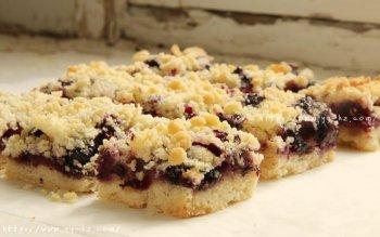 蓝莓酥粒小方块