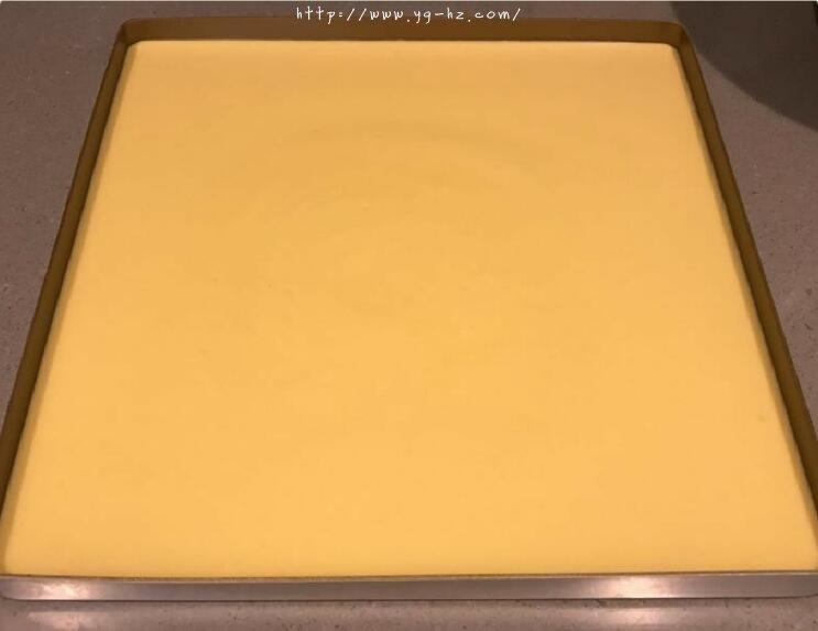 超详细,新手包会丨百香果生乳蛋糕卷的做法 步骤14