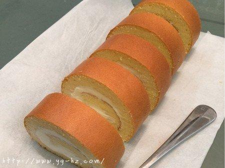 奶酪蛋糕卷的做法 步骤12