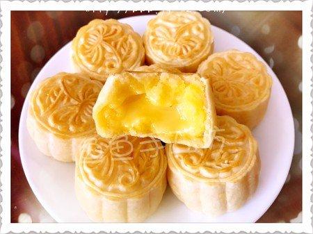 超详细图解版--流心奶黄月饼的做法 步骤36