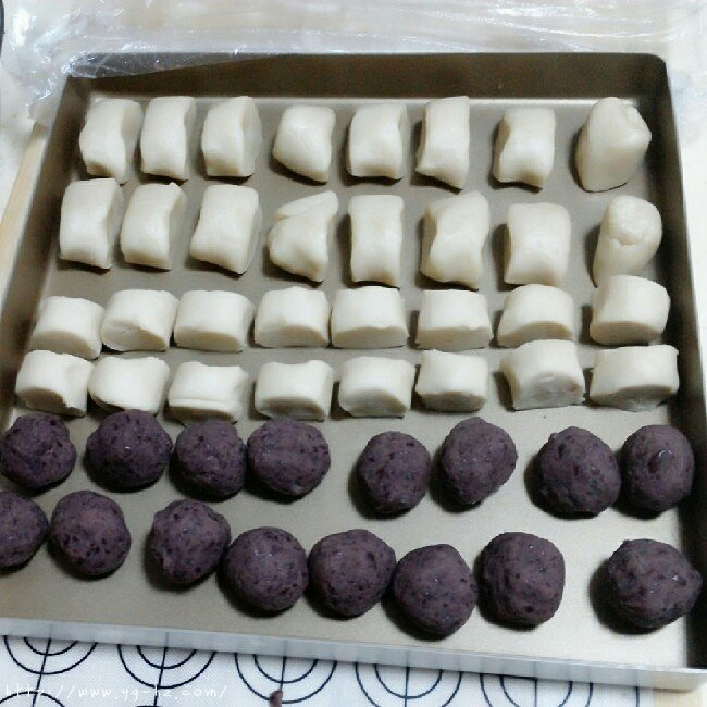苏式月饼红豆酥的做法 步骤3