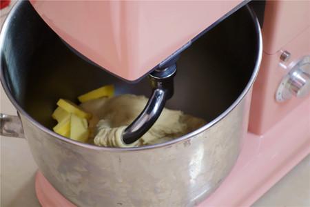 芝士热狗软面包的做法 步骤2