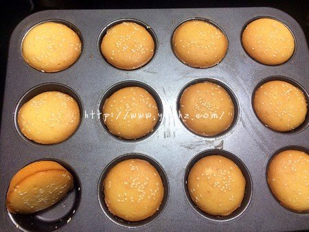 超简单的无水蛋糕的做法 步骤9