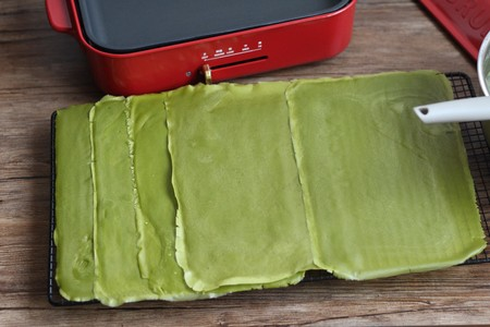 千层蛋糕卷--Bruno多功能烧烤机的做法 步骤12