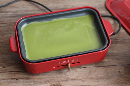 千层蛋糕卷--Bruno多功能烧烤机的做法 步骤7