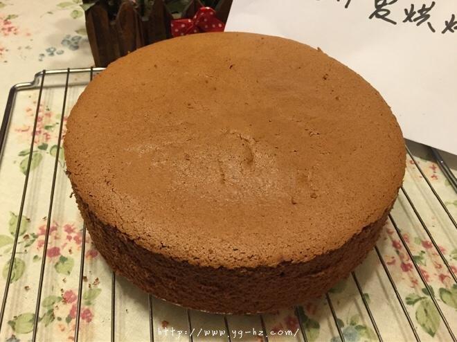 巧克力戚风裸蛋糕的做法 步骤17