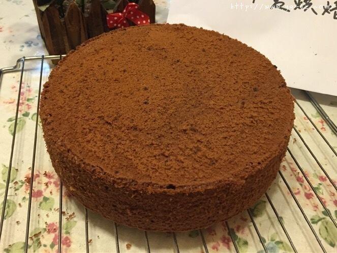 巧克力戚风裸蛋糕的做法 步骤18