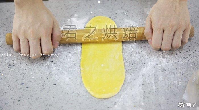 松软香甜的南瓜奶棒面包,最讨人喜欢了! - yg-hz.com