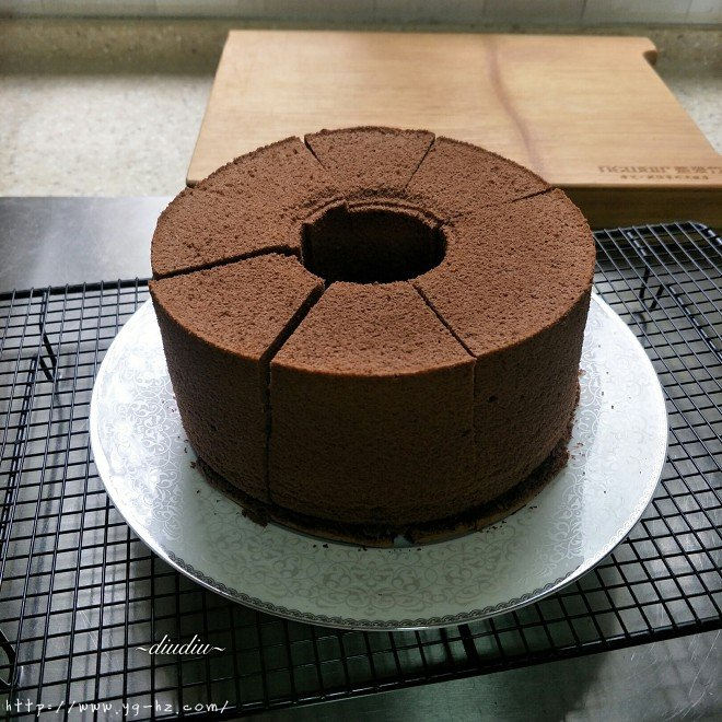 不消泡的可可巧克力戚风蛋糕的做法