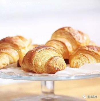有了这份超详细攻略,还怕做不出漂亮的牛角面包?