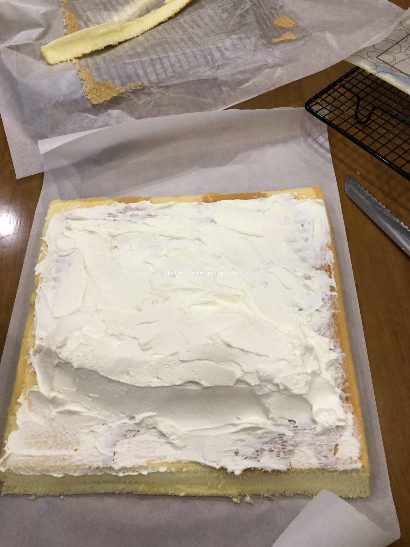 香橙蛋糕卷(好看好香好吃)的做法 步骤18