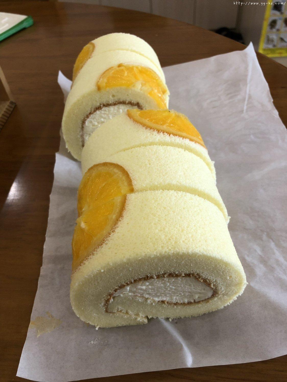 香橙蛋糕卷(好看好香好吃)的做法 步骤28