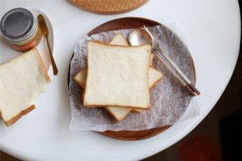 松软细腻的蜂蜜吐司的做法步骤图