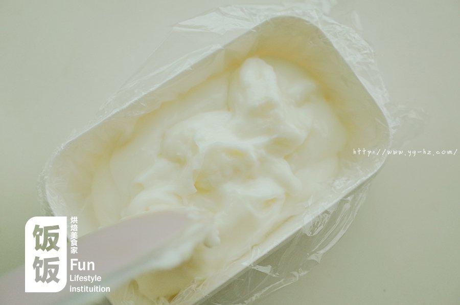 【炸鲜奶】牛奶炸着吃,好吃到没朋友!的做法 步骤3