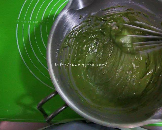 抹茶蛋糕卷的做法 步骤5