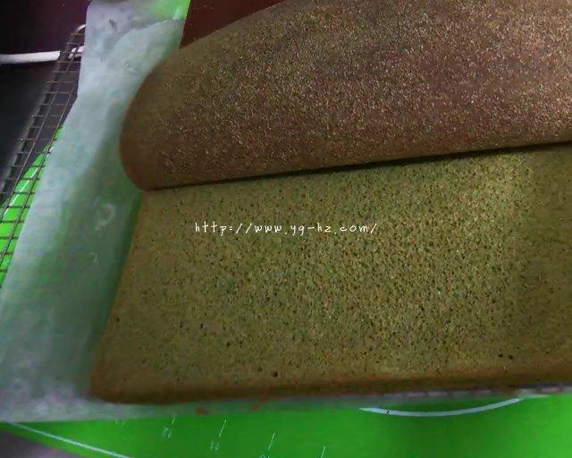 抹茶蛋糕卷的做法 步骤20