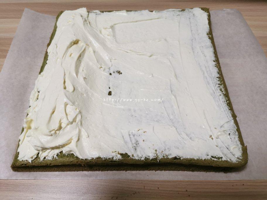 抹茶蛋糕卷的做法 步骤24