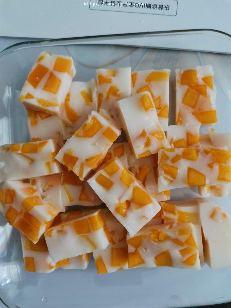 芒果椰奶冻(全网最简单好吃懒人必备甜品)的做法 步骤6