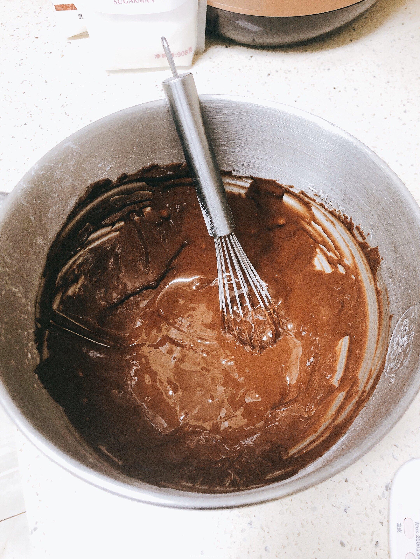 可可戚风蛋糕 8寸的做法 步骤7