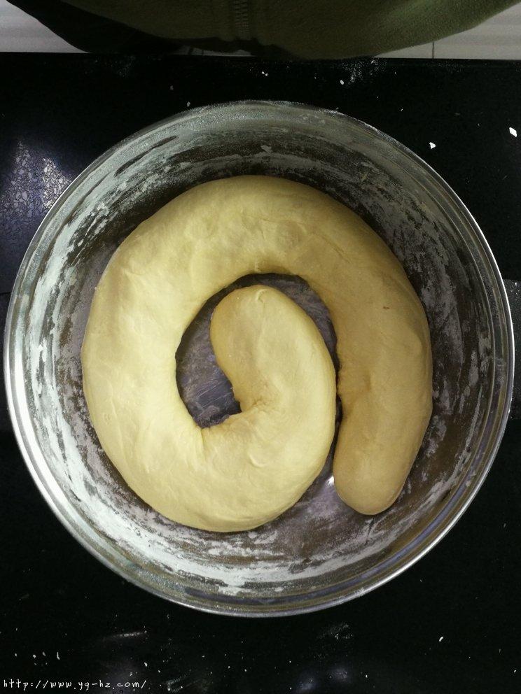 牛奶鸡蛋馒头的做法 步骤4