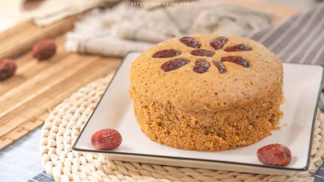 补铁、补血、香甜蓬松的红枣发糕,不需揉面,蒸一蒸就可以了的做法