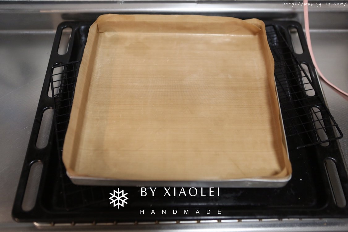 一锅搞定海绵蛋糕卷的做法 步骤1