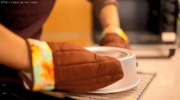 你的戚风蛋糕是怎么倒扣的?