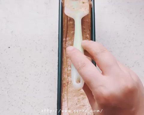 枣泥核桃磅蛋糕(无泡打粉版)的做法 步骤8