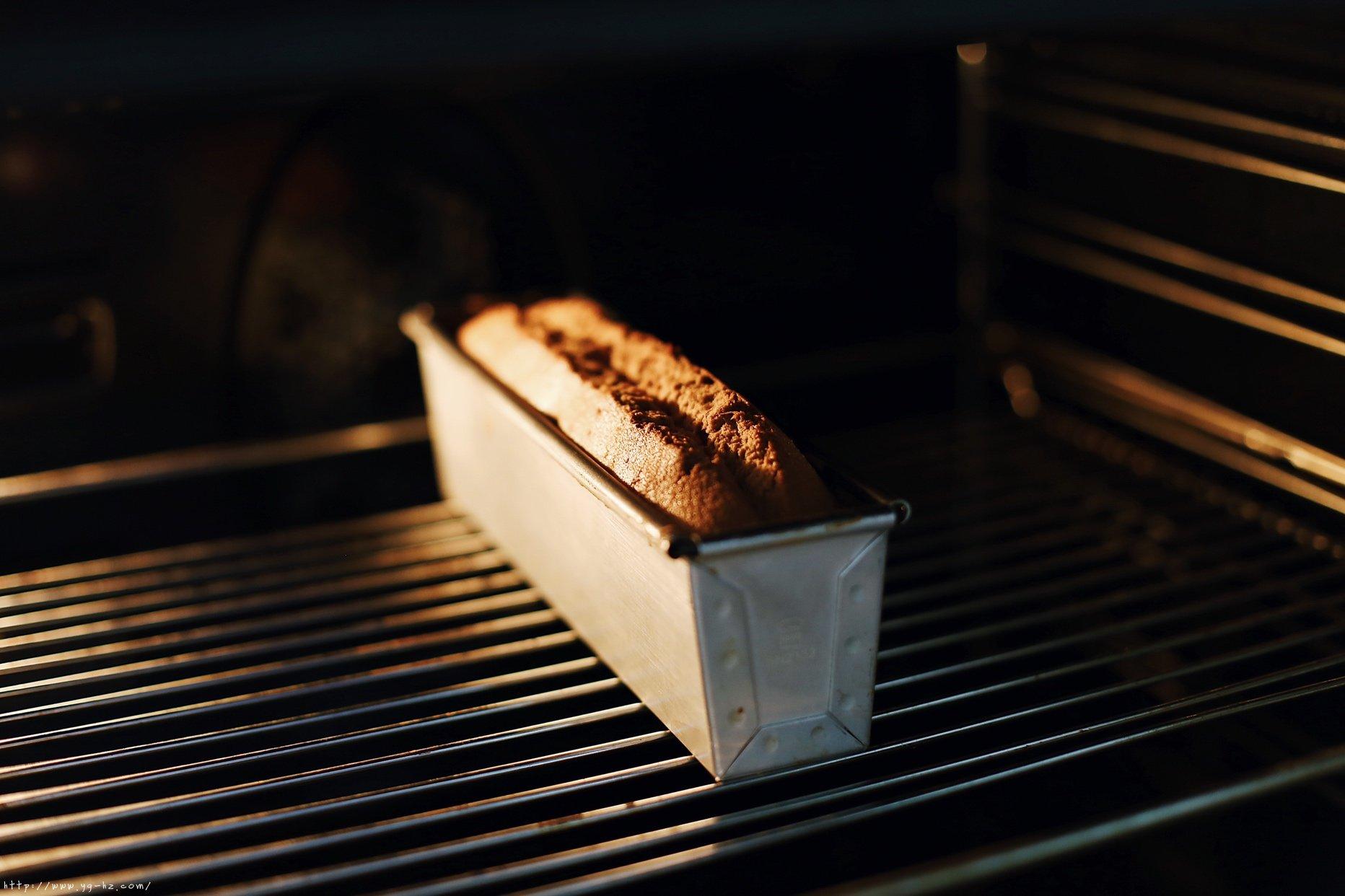 枣泥核桃磅蛋糕(无泡打粉版)的做法 步骤13