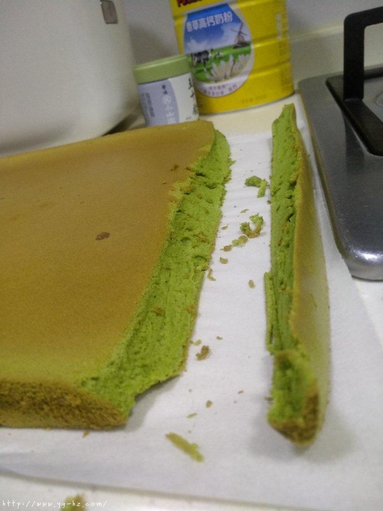 抹茶蛋糕卷(超详细)的做法 步骤27