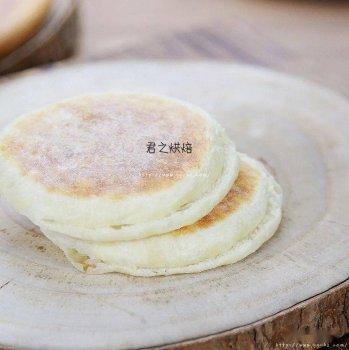 早餐饼,可以夹一切。不用揉面不需烤箱