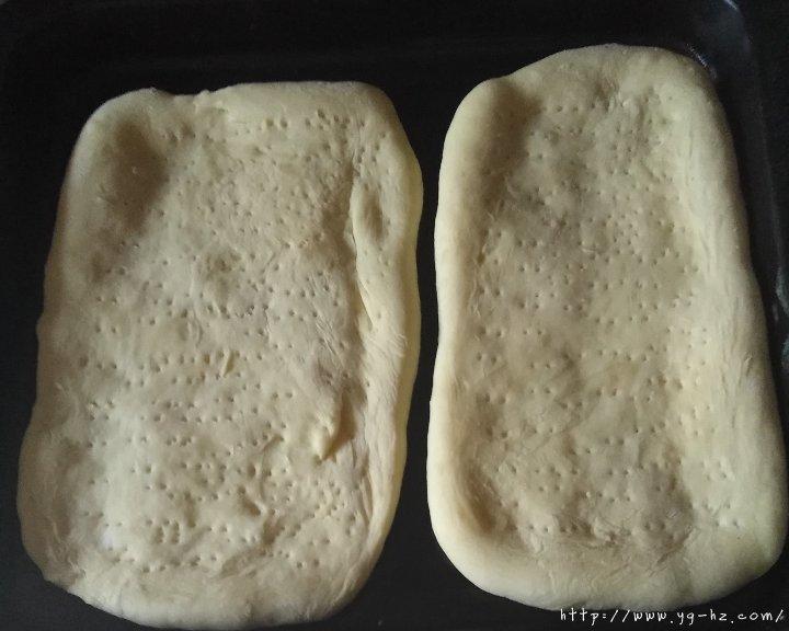 披萨饼皮(普通面粉版)的做法 步骤5