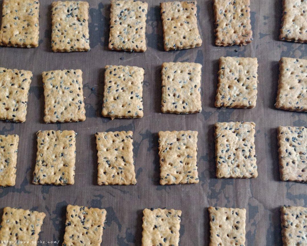 芝麻苏打饼干(无糖)的做法 步骤5