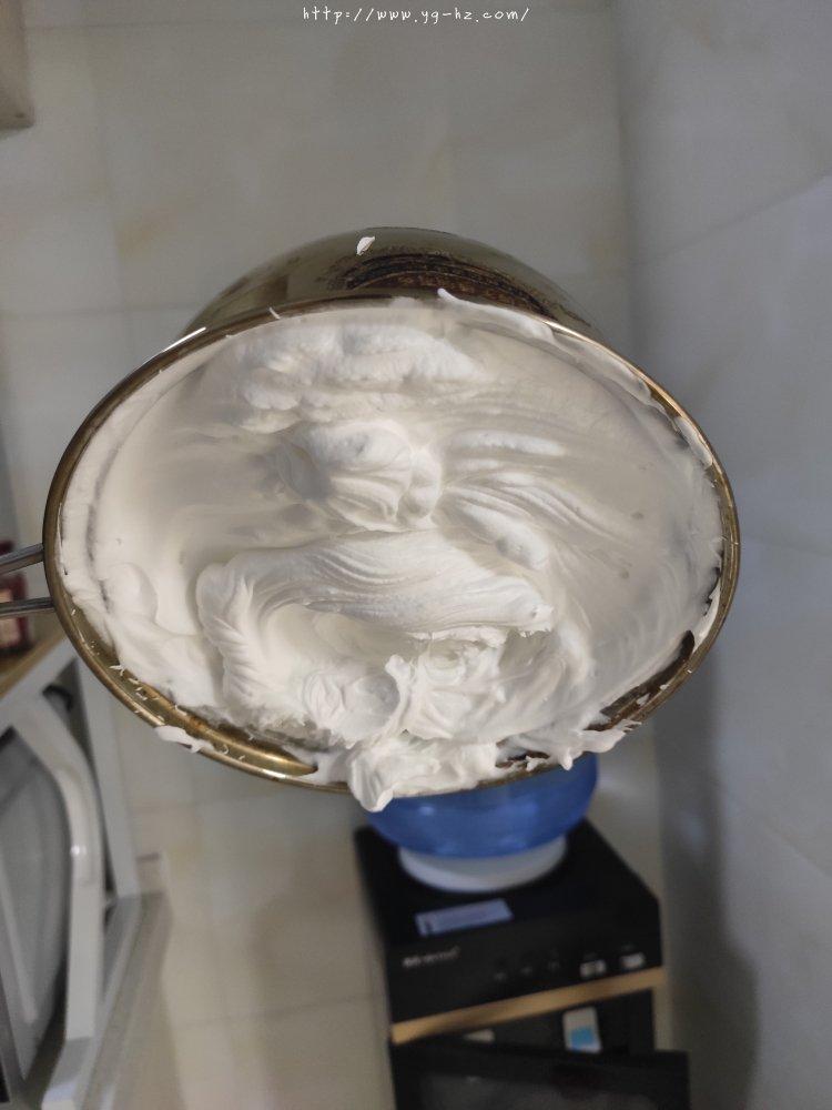 如何打发奶油=奶油打发全过程的做法 步骤6