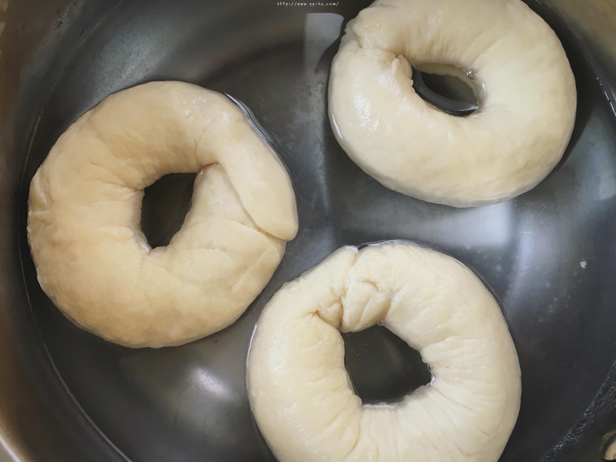 原味bagel百吉饼(贝果面包)的做法 步骤9