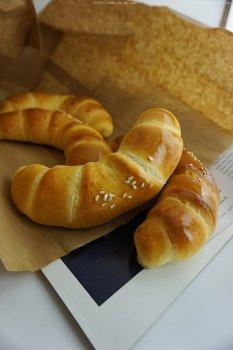 香软面包卷--经典甜面包
