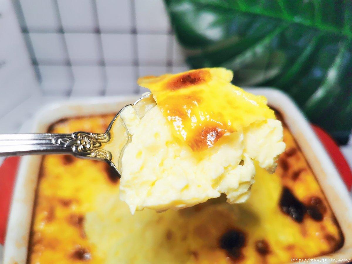 蛋黄布丁的做法